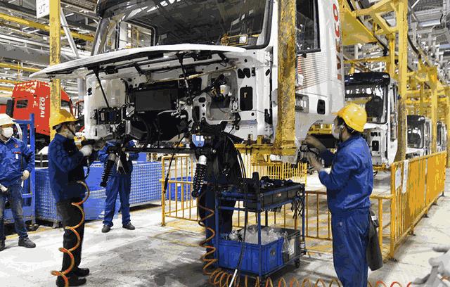 重庆两江新区凭借汽车电子两大行业的融合发展,推动产业经济转型升级