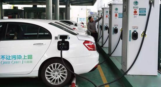 新能源汽车充电太慢?或许你可以了解下换电模式!