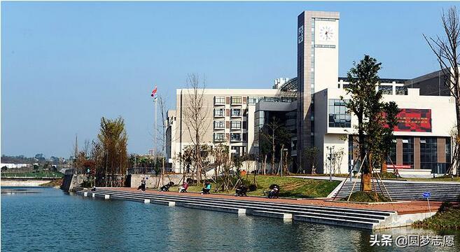 重庆交通大学主要专业及排名介绍。