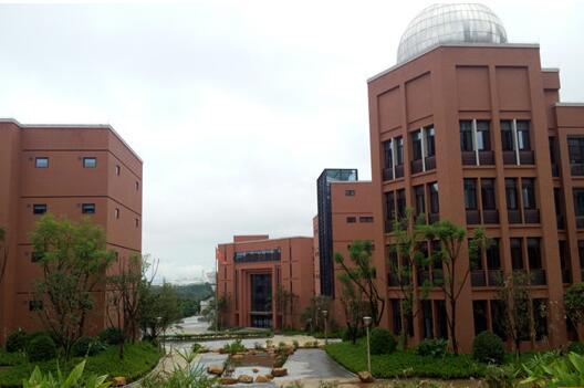 重庆全部国际学校名单:包括学校收费、课程设置等。