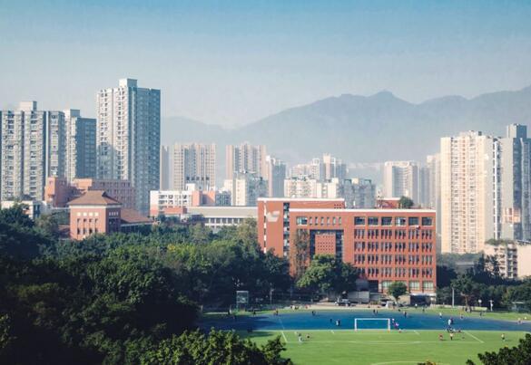 重庆大学详细介绍:专业、院系、历史等。