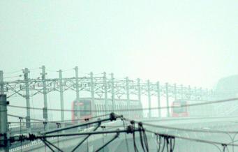 重庆轻轨1号线全线站点及运营时间